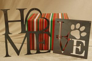Home & Love Wall Hangers